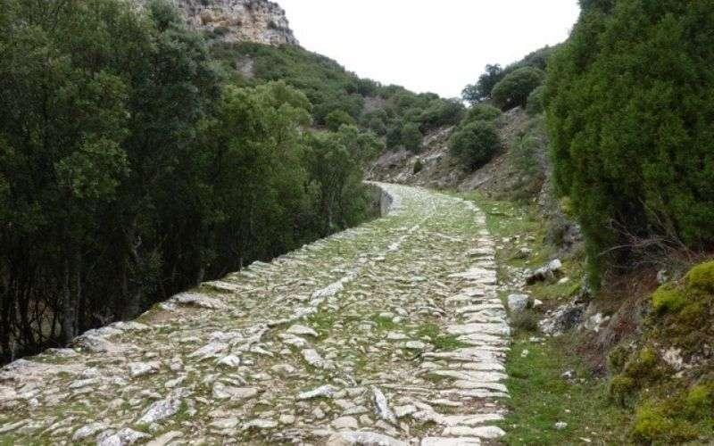 Calzada romana en El Almiñé