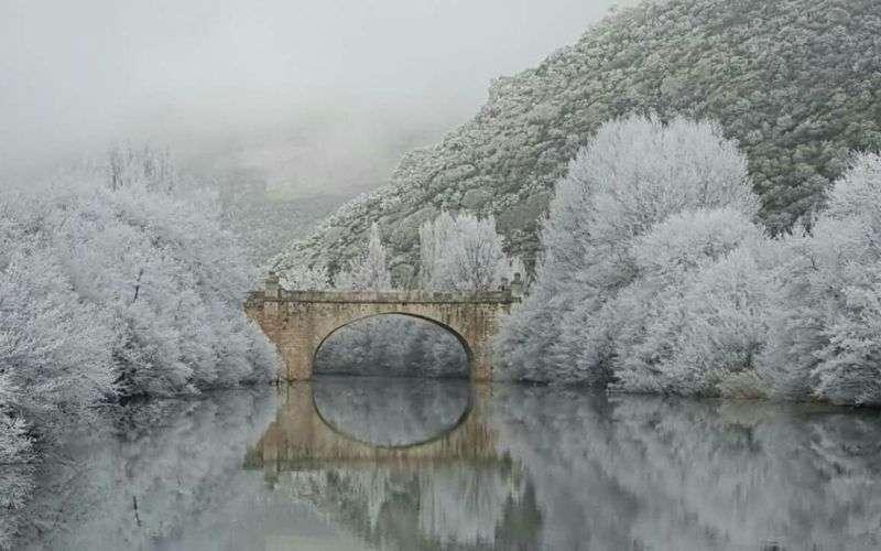 Puente de Valdenoceda